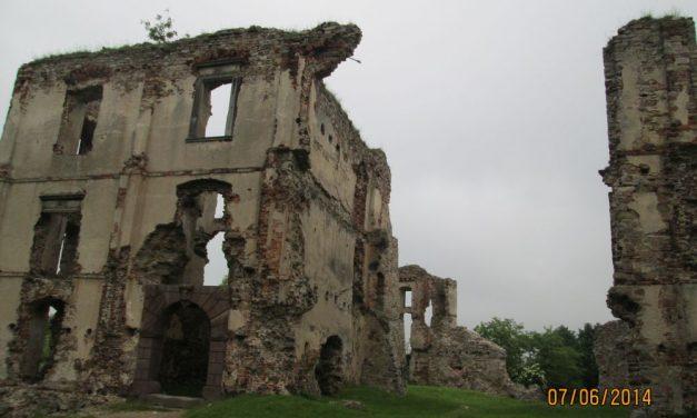 Bodzentyn zamek