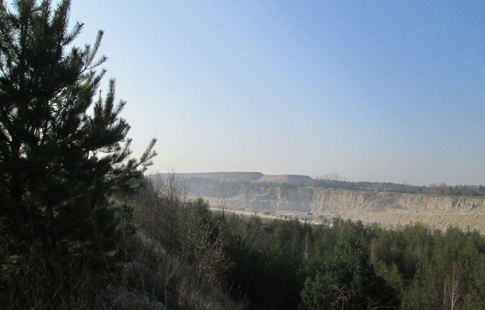 Kopalnia wapienia w Morawicy